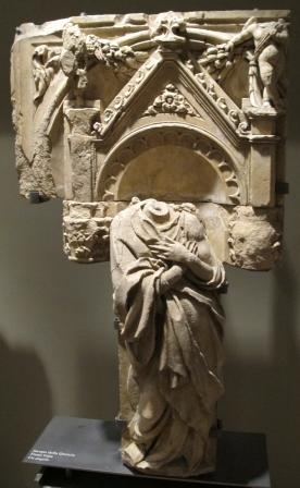 Jacopo_della_quercia,_fonte gaia angel