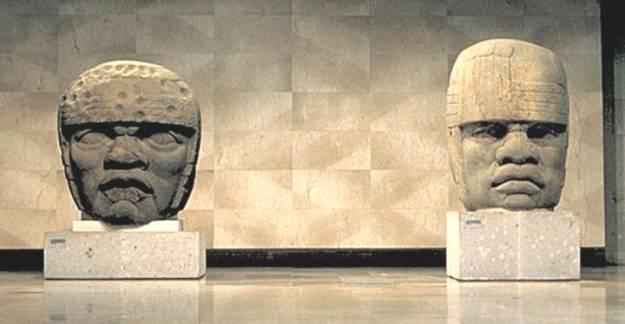 olmec head 2