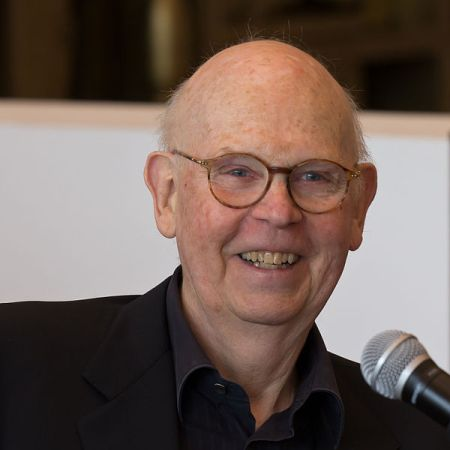 Claes Oldenburg (2012).