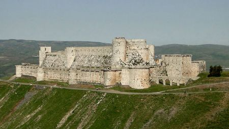 Krak des Chevaliers was built by Western European Crusaders in present-day Syria.