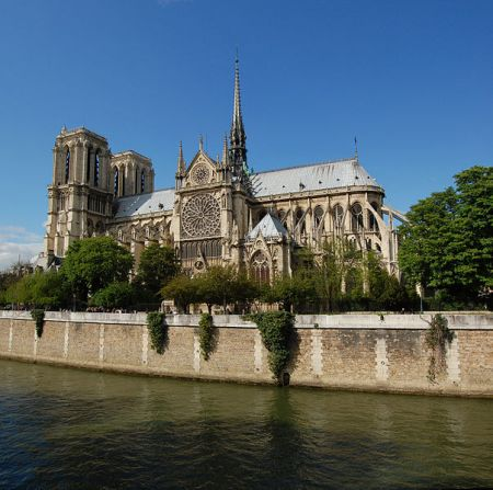 The Notre Dame Cathedral is famous for its flying buttresses, external structures that support the massive weight of the Gothic walls.