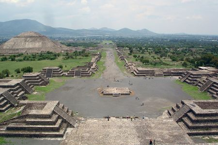 The Avenue of the Dead and, on the left, the Pyramid of the Sun, in the ruins of Teotihuacan, which may have been a center for many Mesoamerican cultures.