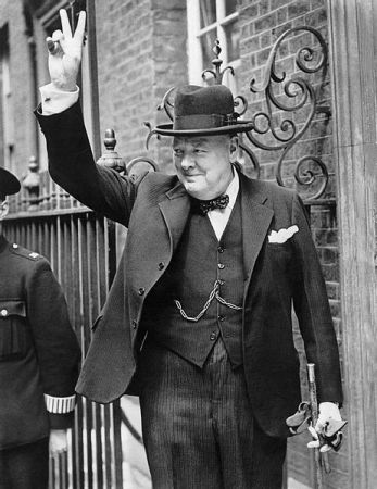 "Winston Churchill giving the ""V for Victory"" sign in 1940."