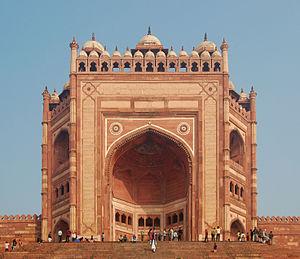 The Buland Darwaza, one of many spectacular buildings in Fatehpur Sakri.