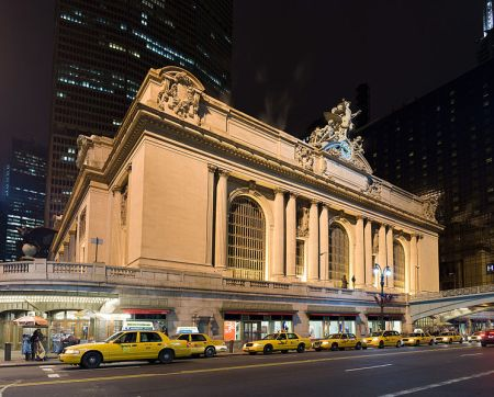 Exterior of the Grand Central Terminal.
