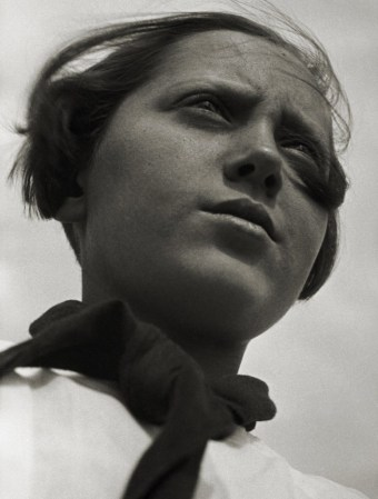 rodchenko pioneer girl