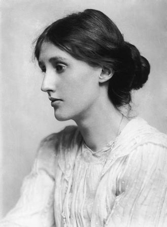 Virginia Woolf in 1902.