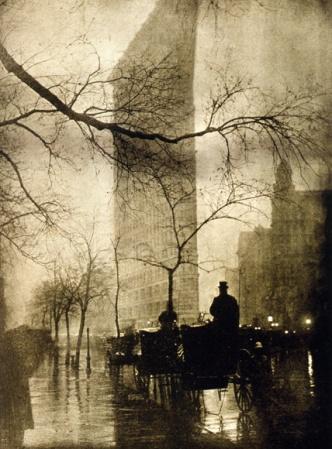 Flatiron-Builiding-Nova-York-1905-foto-de-Edward-Steichen