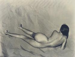 nude on sand