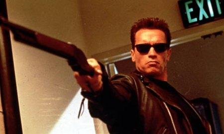 Arnold Schwarzenegger in Terminator 2: Judgment Day (2003).