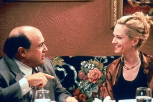 Holly Hunter and Danny DeVito in Living Out Loud (1998).