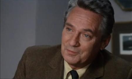 Peter Finch in John Schlesinger's Sunday Bloody Sunday (1973).