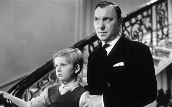 Ralph Richardson (right) and Bobby Henrey in The Fallen Idol (1948).