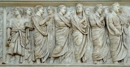 Ara-Pacis-priests
