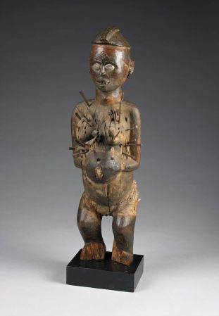nkisi nkondi female figure