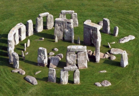 stonehenge-from-air