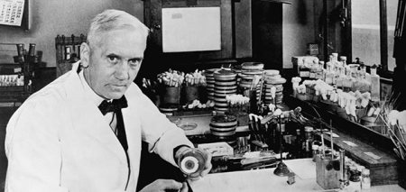Photograph of Alexander Fleming (1881-1955).