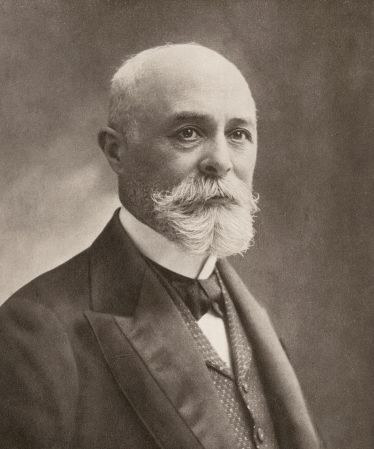 A photograph of Henri Becquerel (1852-1908).