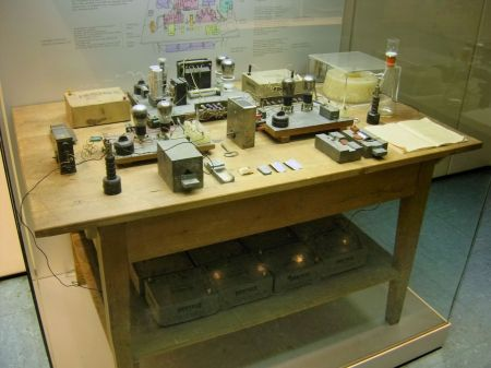 A replica of the nuclear fission experiment conducted by Hahn and Strassman in 1938, at at the Deutsches Museum in Munich.