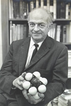 Photograph of Linus Pauling.