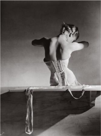 mainbocher corset
