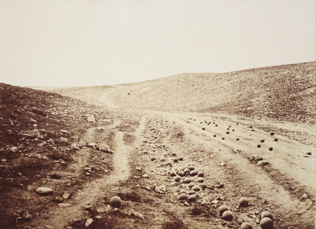 Roger_Fenton_-_The_Valley_of_the_Shadow_of_Death_