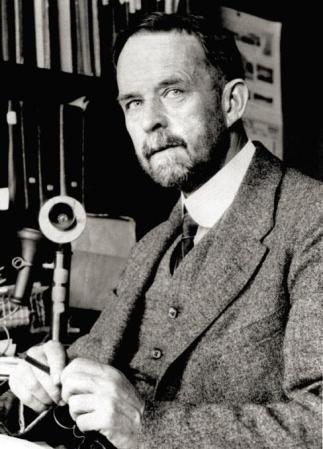 Thomas Hunt Morgan.
