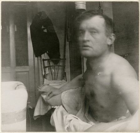 'Self-Portrait a la Marat', a 1908-1909 photograph by Edvard Munch.