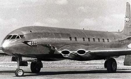 The de Havilland Comet 1. Unfortunately, the square windows led to crashes.
