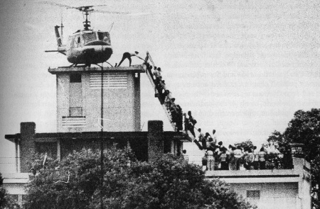Evacuation of CIA personnel from Saigon in April 1975. Photo: Hubert van Es / UPI