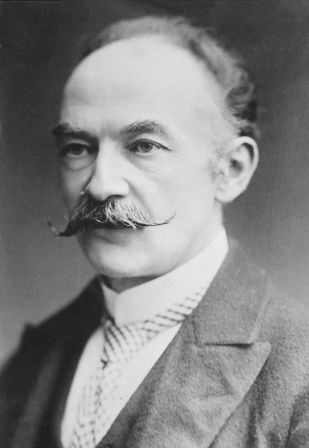 A photograph of Thomas Hardy taken between 1910 and 1915.