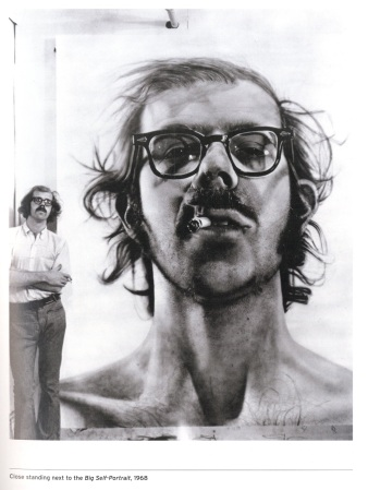 Chuck Close in 1968 with his 'Large Self-Portrait' (1966-1967).