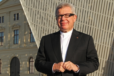 A 2011 photograph of Daniel Libeskind at the opening of the Museum in Dresden. © Bundeswehr / Mandt.