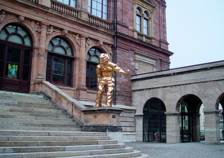 Grosser Geist, byThomas Schütte, outside the Neues Museum in Weimar, Germany.