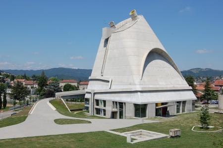 Saint-Pierre, by Le Corbusier and José Oubrerie, in Firminy, France.