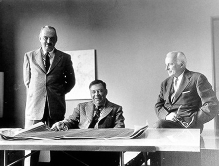 An undated anonymous photograph of Skidmore, Owings and Merrill.