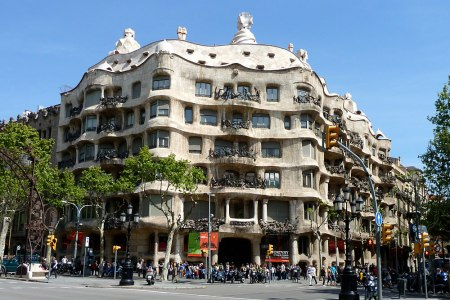 Casa Milà (La Pedrera) (1910).  Architect: Antoni Gaudí. Location: Barcelona, Spain.