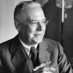 An undated photo of Wallace Stevens.