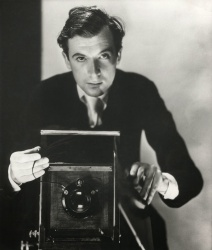 A 1937 self portrait of Cecil Beaton.