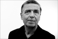 A 2012 photograph of Andreas Gursky by David Kregenow.