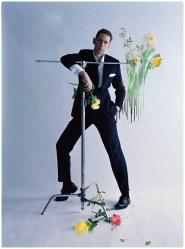 A 2013 photograph of Nick Knight by Tim Walker for Vogue UK.