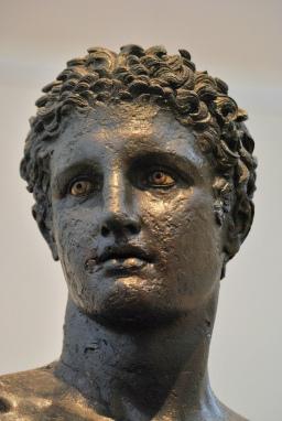 antikythera ephebe detail
