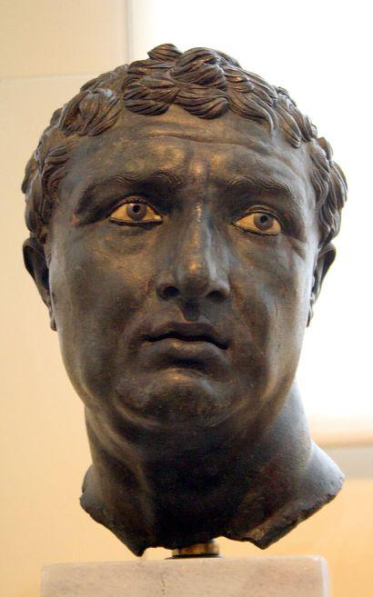 bronze portrait Photo_by_Giovanni_Dall'Orto